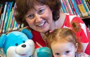 Bookstart Bear Club with Irene Peachey