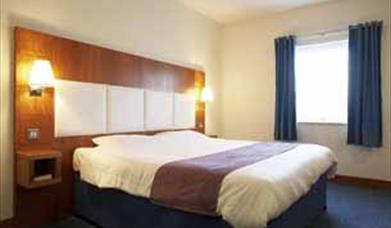 Premier Travel Inn Manchester North (Middleton)